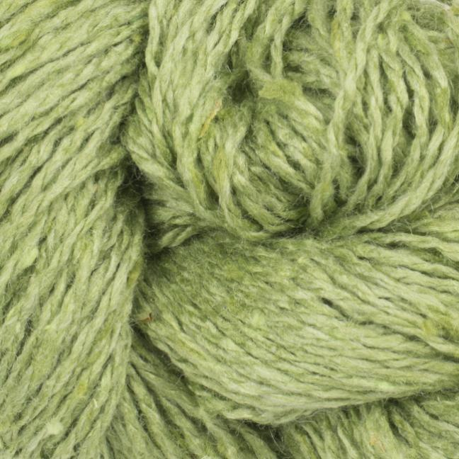 BC Garn Sarah Tweed auf Konen lind-grün