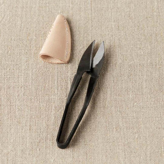 CocoKnits Yarn Snip with Leather Cover