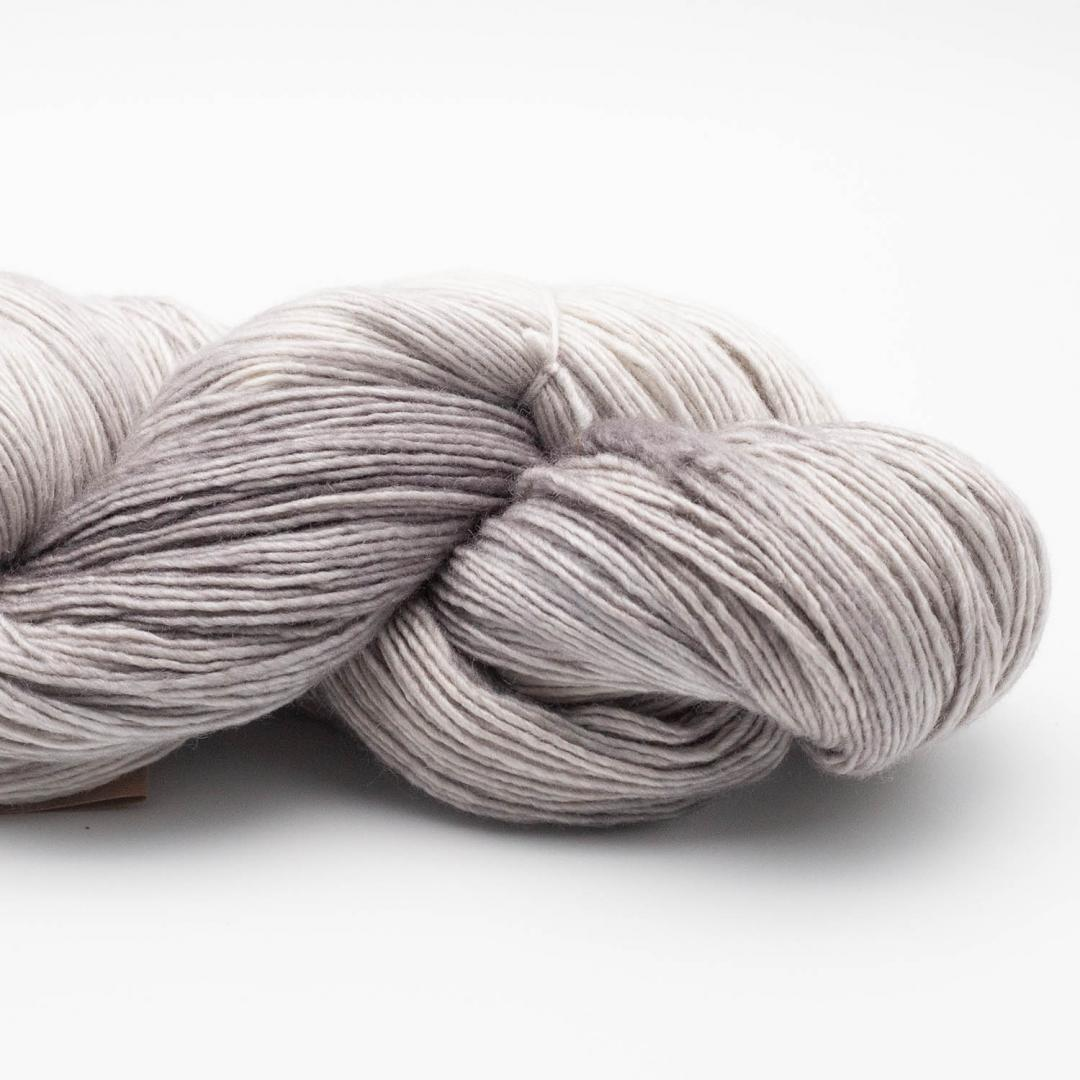 Manos del Uruguay Silk Blend fino handgefärbt 100g SilverT415