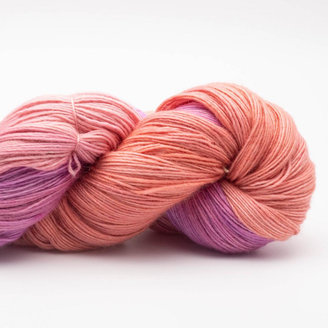 Manos del Uruguay Silk Blend fino handgefärbt 100g Chemise