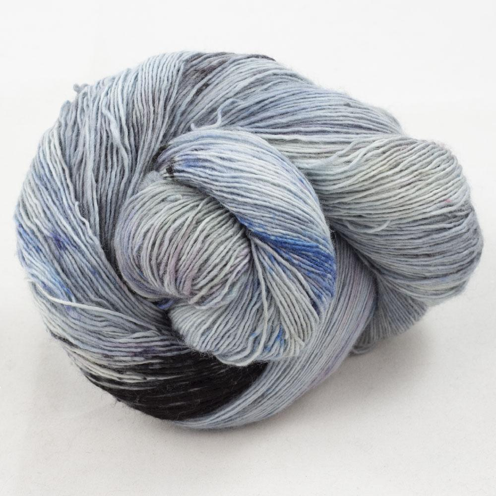 Cowgirl Blues Merino Single Lace Farbverlauf 100g Moody Blues